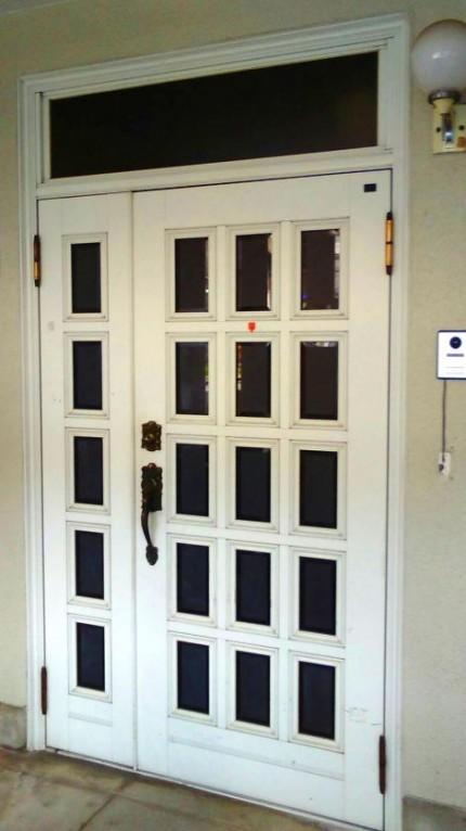door1b